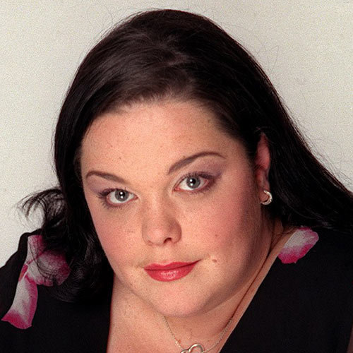 Answer LISA RILEY