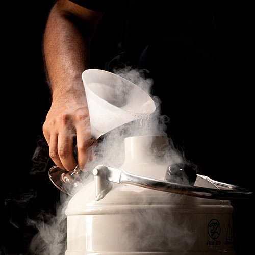 Answer LIQUID NITROGEN