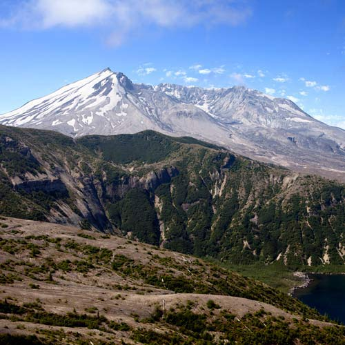 Answer MOUNT ST HELENS