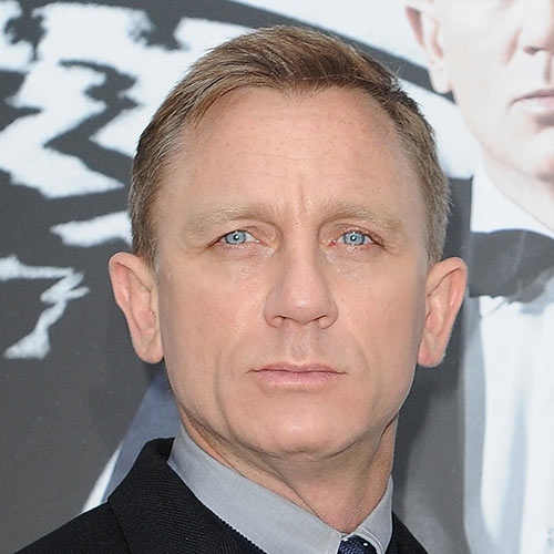 Answer DANIEL CRAIG