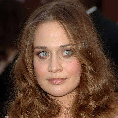 Answer FIONA APPLE