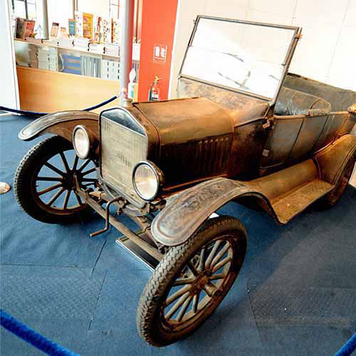 Answer FORD MODEL T